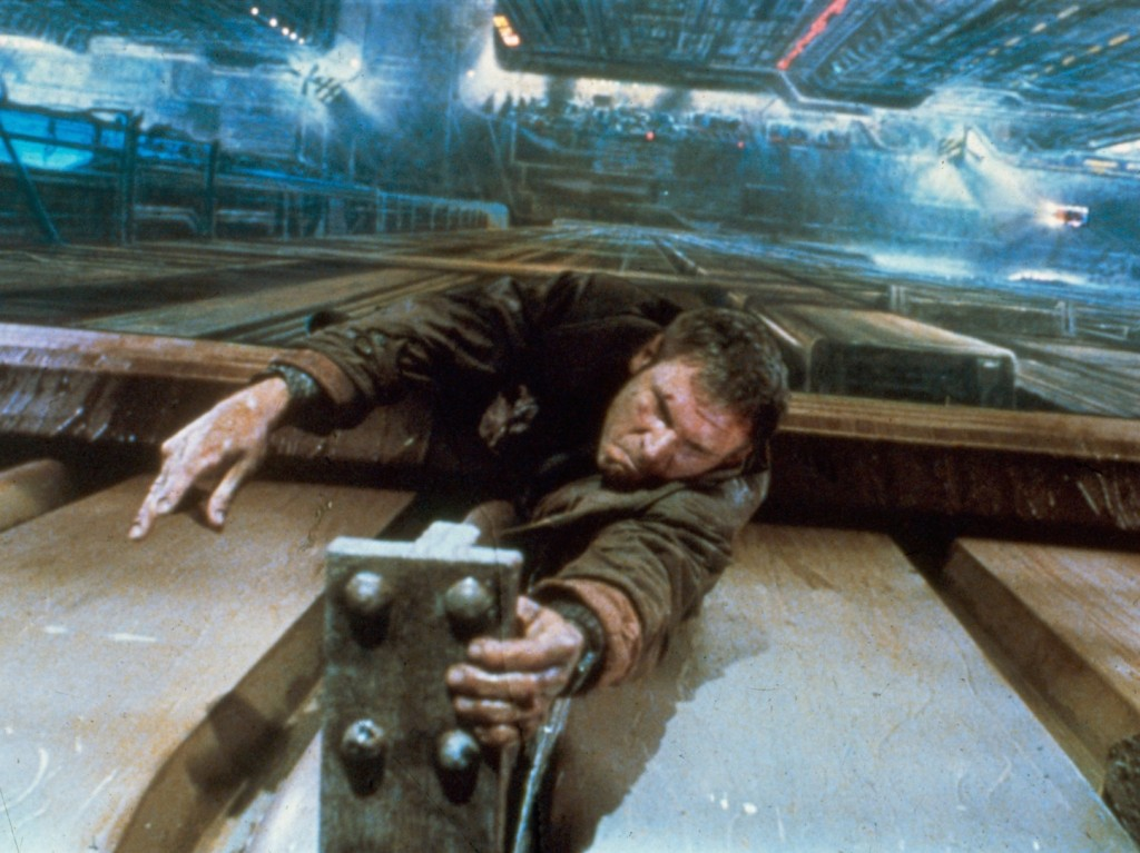 blade-runner-1982-013-00m-csf-harrison-ford-as-deckard-hanging-on-ledge-1000x750
